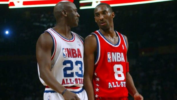 "B.J. Armstrong Tells The Story Of Michael Jordan And Kobe Bryant Playing ""Mental 1-On-1."""