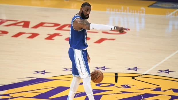 LeBron James Has Surprisingly Never Won A Playoff Series At Staples Center Since Joining The Lakers