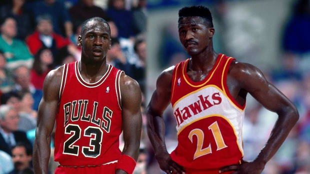 """Dominique Wilkins Shares A Story When Michael Jordan Walked Into The Hawks Locker Room Before The Game: """"Lace 'Em Up. It's Gonna Be A Long F*****g Night."""""""