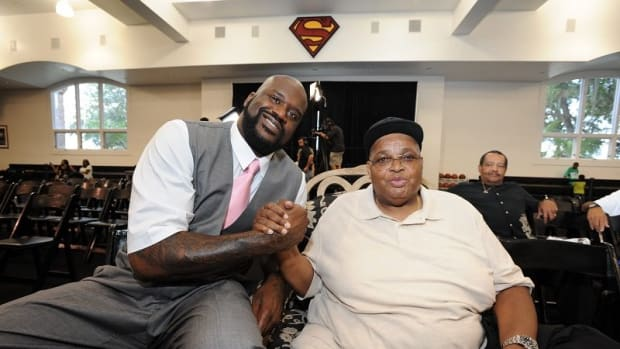 Shaquille O'Neal Promised His Father He Would Take Care Of His Entire Family And He Fulfilled The Promise