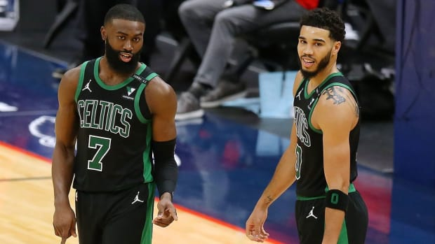 """Jayson Tatum Takes Blame For The Boston Celtics' Loss To The New York Knicks While Praising Jaylen Brown: """"He Carried Us Tonight... He Was Unbelievable. I Wish I Could've Done My Part."""""""