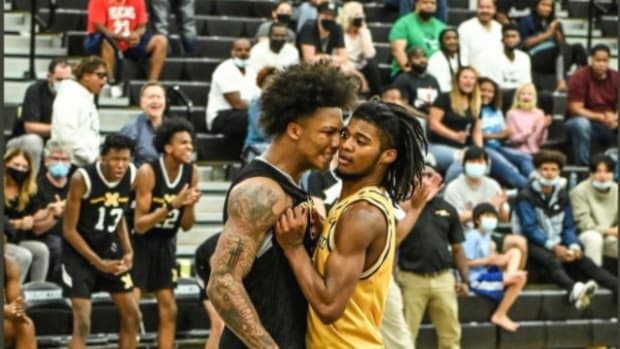 Angry Mom Speaks Out After Mikey Williams Taunts Her Son During 50-Point Performance