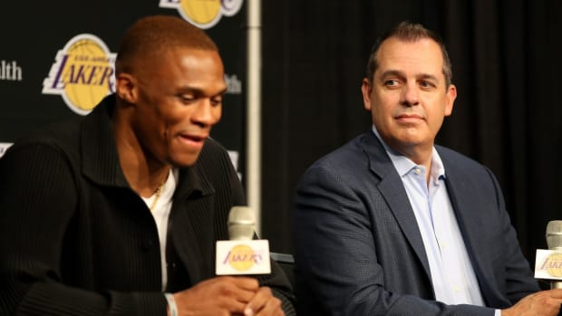 """Frank Vogel Believes Russell Westbrook """"Trying To Create And Play Unselfishly Too Much"""" Caused His Turnovers In Preseason Game"""