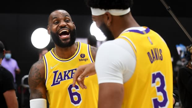 """ClutchPoints' Hilarious Post About Anthony Davis And LeBron James Talking During The Game: """"We Were Gonna Get Buddy And Send Kuz To The Kings, But Then We Got Russ."""""""