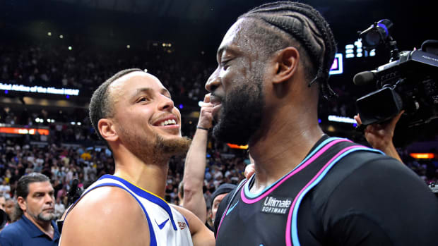 """Dwyane Wade And Tiger Woods Talking About Steph Curry: """"There's No Way Them Shots Is Going In. And They Be Cash!"""""""