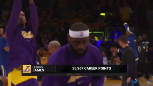"""Charles Barkley Roasts LeBron James' Hair: """"Gotta Get The Biggest Headband In The World To Cover That Bald Spot"""""""