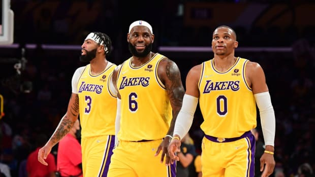 """Nick Wright Reveals Why He's Worried About The Lakers- """"If LeBron James Is The Best 3-Point Shooter On The Court, You've Done A Bad Job Building Around Him."""""""