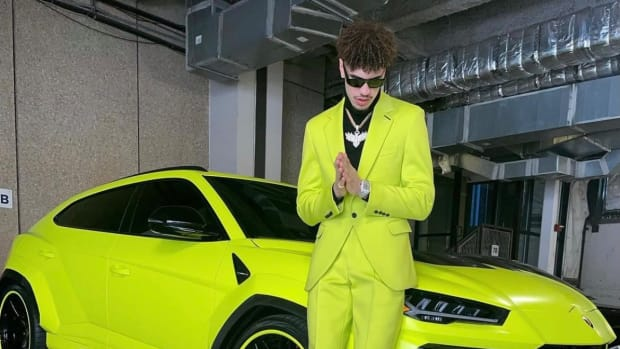 """NBA Fans React To LaMelo Ball's Outfit: """"Bro Dressed Like A Highlighter"""""""