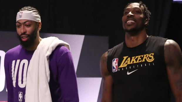"""Rajon Rondo Speaks Up On Anthony Davis-Dwight Howard Incident: """"Two Guys Going At It, Two Guys Wanting To Compete."""""""