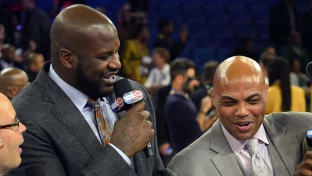 """Shaquille O'Neal's Hilarious Reaction To Charles Barkley Saying 'I Want Real Meat': """"Say It Again, Chuck"""""""