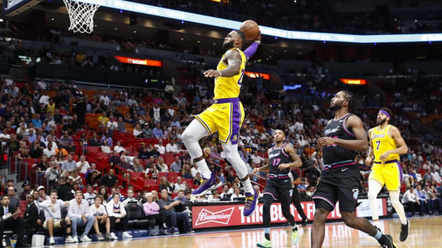 (via Yahoo! Sports)
