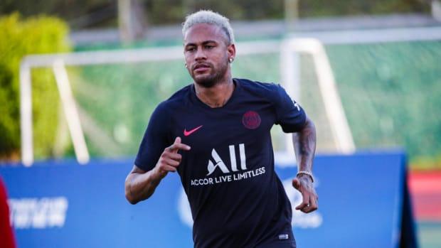Transfer News: Barcelona, Paris Saint-Germain Set For Face To Face Talks As Neymar Saga Continues