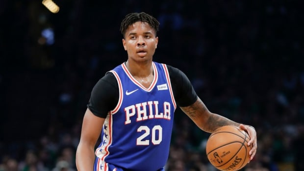 """Bill Simmons On Elton Brand Trading Markelle Fultz For A Top 20 Pick And Jonathon Simmons: """"Believe It Or Not That's Not Even Elton Brand's Worst Trade As GM"""""""