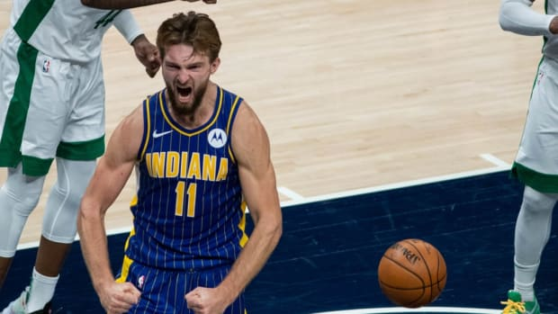 Charles Barkley Says Domantas Sabonis Is One Of The 10-15 Best NBA Players Right Now