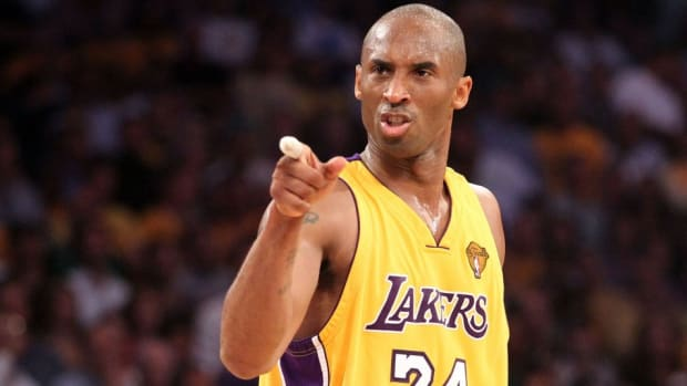 Kobe Bryant Explains What The Lakers Should Do To Get Anthony Davis