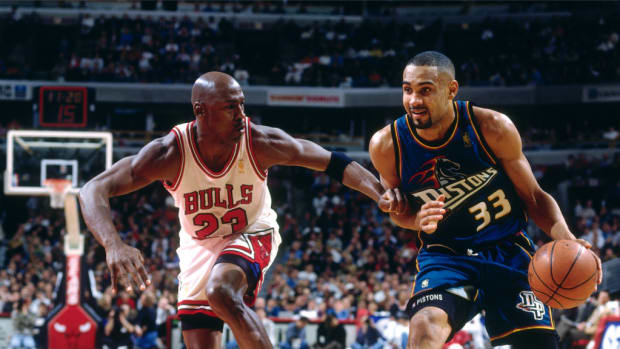 When Media Claimed Grant Hill Will Be Better Than Michael Jordan, MJ Scored 53 Points Next Time They Played