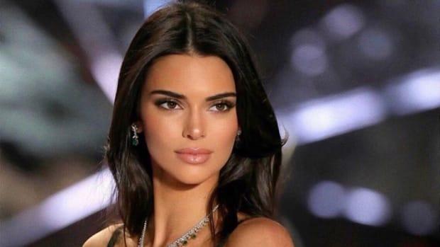 Stunning Supermodel Kendall Jenner Enjoys After Split With Ben Simmons