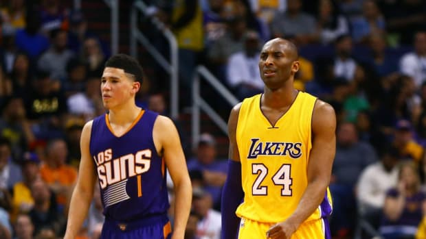 """Devin Booker On How Meaningful It Was To Pay Tribute To Kobe Bryant In NBA's New Commercial: """"I Know How Photoshop Works. But There's A Lot Of Murals Of Kobe Down There That I've Drove Past And Had That Same Feeling."""""""