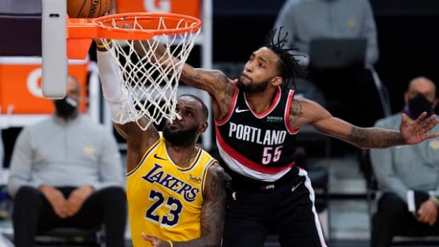 """Derrick Jones Explains LeBron James Wasn't Comfortable With His Defense: """"I Guess He's A Great Actor. He Don't Show It. He Play The World."""""""