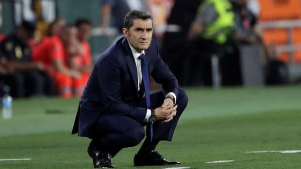 Former Everton Boss Emerges As Favorite To Become Barcelona's New Manager