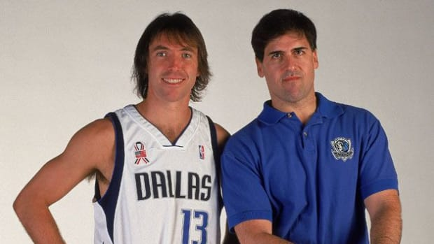 """Mark Cuban On His Relationship With Steve Nash After Letting Him Sign With Suns: """"Nash Hated Me For A Long Time Because Of It. We're Good Now."""""""
