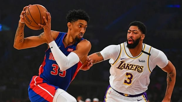 """Christian Wood Can't Wait To Play Against Anthony Davis: """"There Are A Few Games I've Circled On The Calendar. Going Against Him And The Lakers Is Definitely One That I Circled. I'm Going To Go Against Him With Everything I've Got."""""""