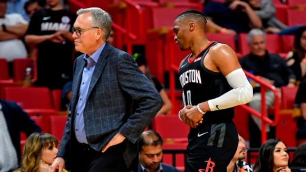 """Mike D'Antoni On Russell Westbrook' Minutes: """"We're Not Going To Win Anything Without Russell. He's Going To Break Through It. He's More Upset Than Anybody. He's A Great, Great Player. He'll Be Fine. Not Worried About Him."""""""