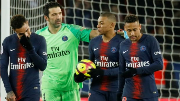 Paris Saint-Germain Confirm Summer Exit For Team Star