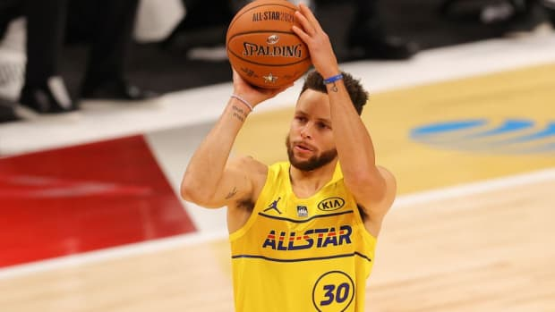 LeBron James says Stephen Curry Changed How The Games Played By Himself Alone