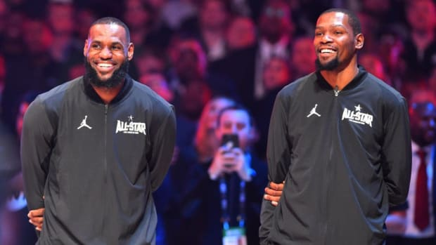 """NFL Legend Deion Sanders Says LeBron James Could Play In The NFL, Not Sure About Kevin Durant: """"I Would Say KD But KD's A Little Slim"""""""