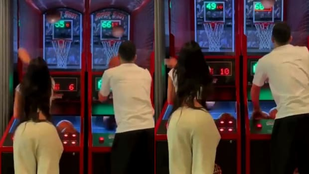 Devin Booker Defeats Kendall Jenner In Pop-A-Shot Game: 'New High Score'