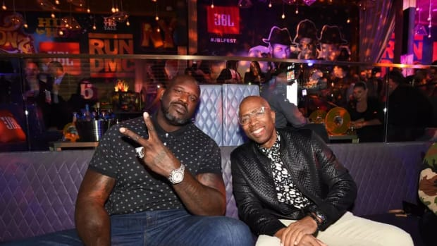 """Shaquille O'Neal Hilariously Roasts Kenny Smith's Chances To Become An All-Star: """"Kenny You're One Of My Best Friends But You Never Had A Chance"""""""