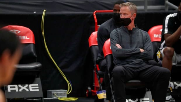 """Steve Kerr After A Blowout 53-Point Loss: """"There Are Times For Humor, There Are Times For Joy, There Are Times For Jokes, Serious Discussion And Soul Searching. This Is A Time For Soul Searching For Sure."""""""