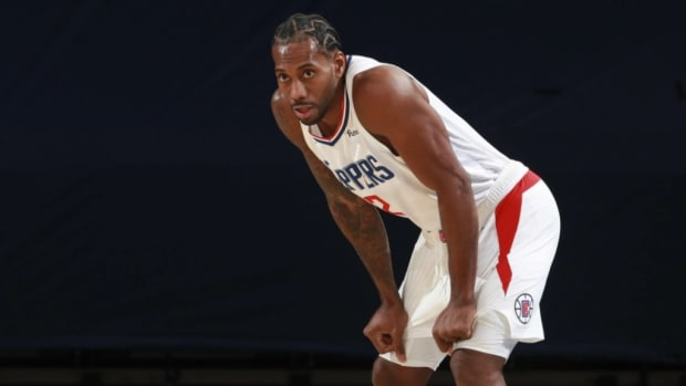 """Kawhi Leonard Is Worried By The Clippers' Lack Of Consistency: """"It's Very Concerning. If We Want To Have A Chance At Anything, We Got To Be Consistent."""""""