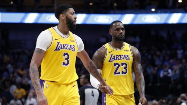 NBA Rumors: LeBron James And Anthony Davis Could Play Power Forward And Center During Upcoming Season