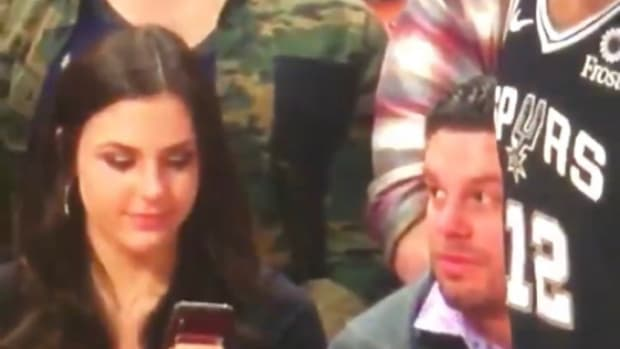 """Video Of Lady Picturing LaMarcus Aldridge Goes Viral: """"Imagine That Was Your Girl"""""""