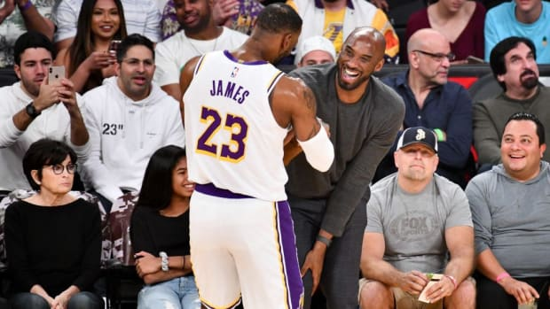 LeBron James Responds To Kobe Bryant's Hall Of Fame InductionLeBron James Responds To Kobe Bryant's Hall Of Fame Induction