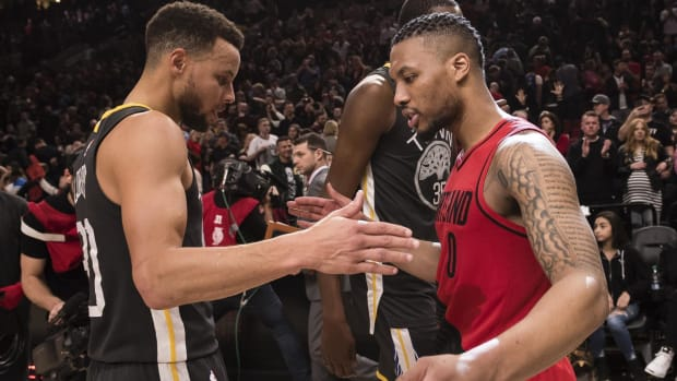 """Damian Lillard On Why Steph Curry Will Not Win MVP- """"Last Year I Averaged 30 Points And 8 Assists As The 8th Seed. And Certain Media Members Were Like - 'Man, We Can't Consider Him An MVP Because They're The 8th Seed.'"""""""