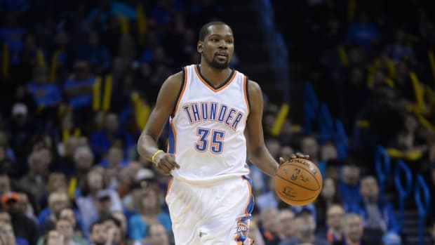"""Kevin Durant Responds To Bleacher Report- """"45 Years Ago On This Day, Kevin Durant Left The Thunder."""""""