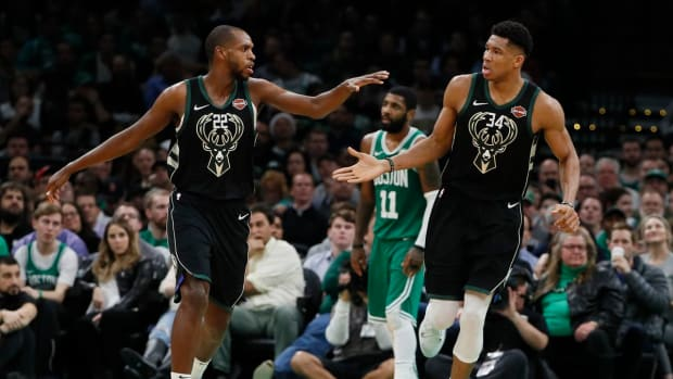 Giannis Antetokounmpo's New Jump Shot Is Almost Identical To Khris Middleton's