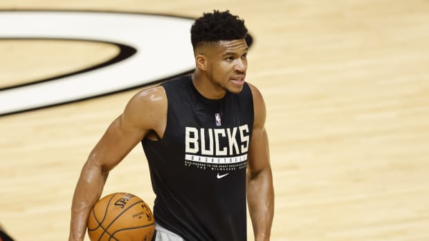 """Giannis Antetokounmpo On If He Can Get Four Consecutive 40-Point Games In The Finals- """"I'm Not Michael Jordan."""""""