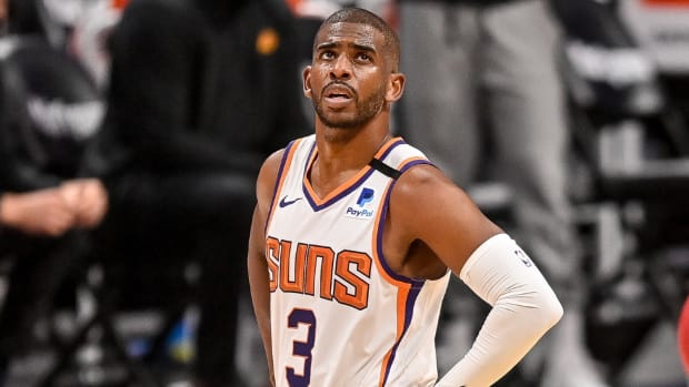 """Chris Paul Gets Roasted After 10-POint Performance In Game 4- """"It's Going To Be A Long Three Days..."""""""
