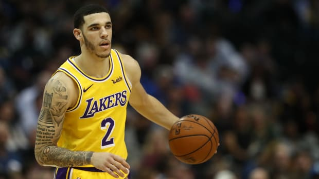 Skip Bayless And Shannon Sharpe Want To See Lonzo Ball In A Lakers Jersey Again