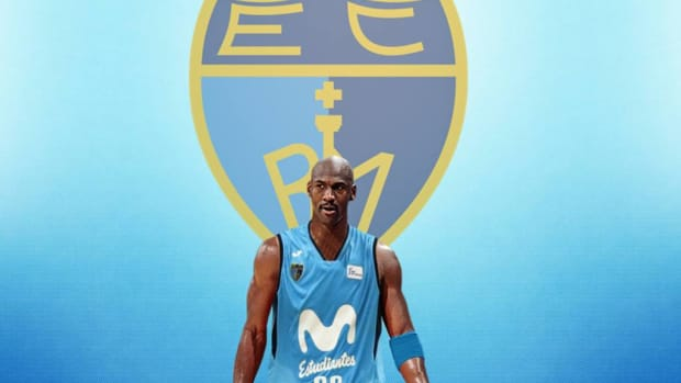 Michael Jordan Almost Signed With Estudiantes Madrid During The 1998-1999 NBA Lockout