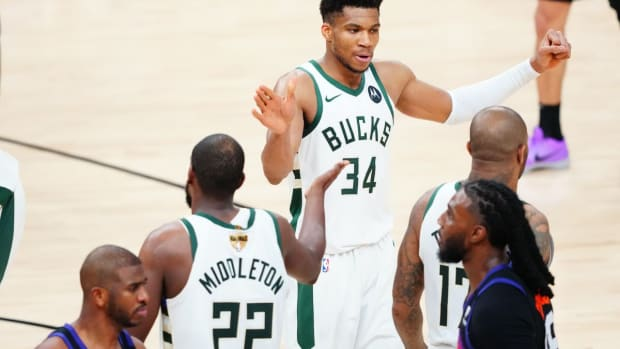 Magic Johnson Reveals Why Milwaukee Bucks Won The Finals