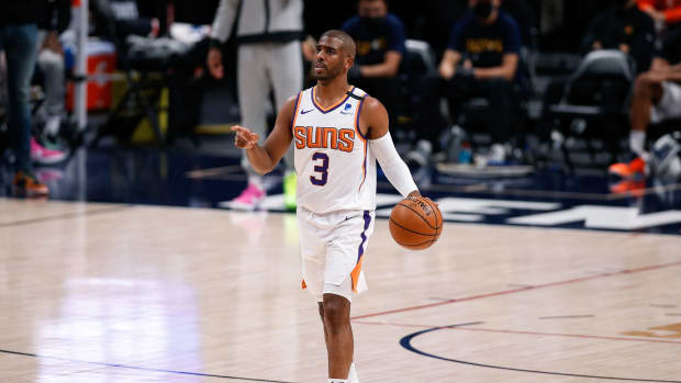 "NBA Rumors- Chris Paul ""Destined"" To Return To Suns On Three Year, $90 Million Deal"