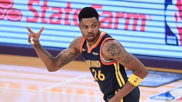 Lakers Sign Sharpshooter Kent Bazemore To One-Year Deal