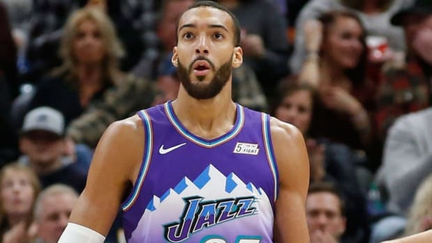 """Kevin Harlan Roasted Rudy Gobert For His Free Throw Shooting Against The Denver Nuggets: """"A Performance That Only A Mother Would Love."""""""