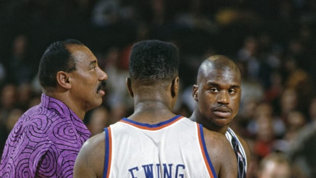 Wilt Chamberlain Shook Shaquille O'Neal's Hand Extremely Hard When He Met Him And Patrick Ewing