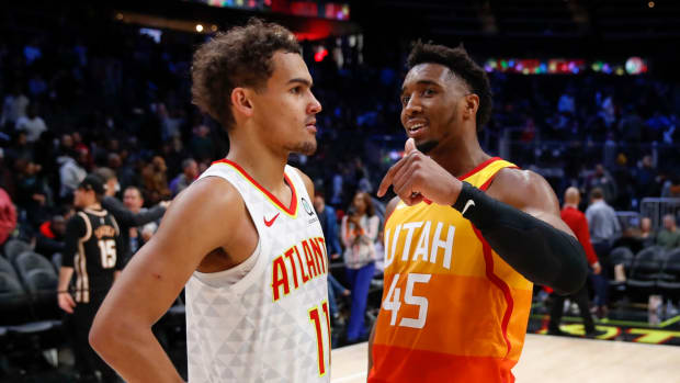 """Donovan Mitchell Disagrees With Trae Young Suggesting Drake Is A Better Rapper Than Jay Z: """"Stop It"""""""